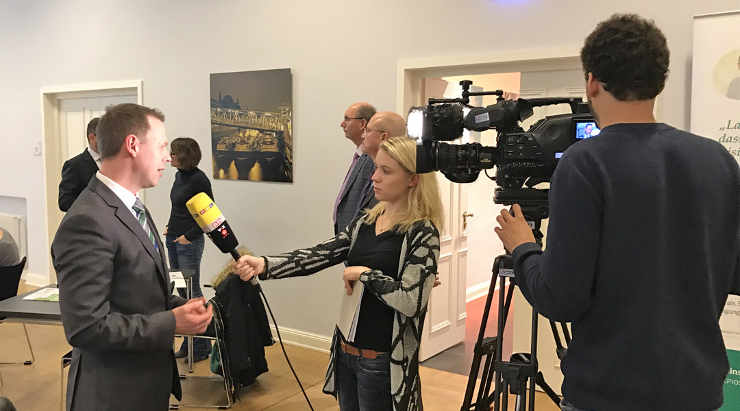 Interview mit RTL bei Pressekonferenz in Hamburg am 02.02.2017 – Vorstellung movival® App