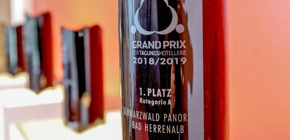 Auszeichnung Schwarzwald Panorama mit dem 1. Platz Kategorie A beim Grandprix der Tagungshotellerie 2018-2019