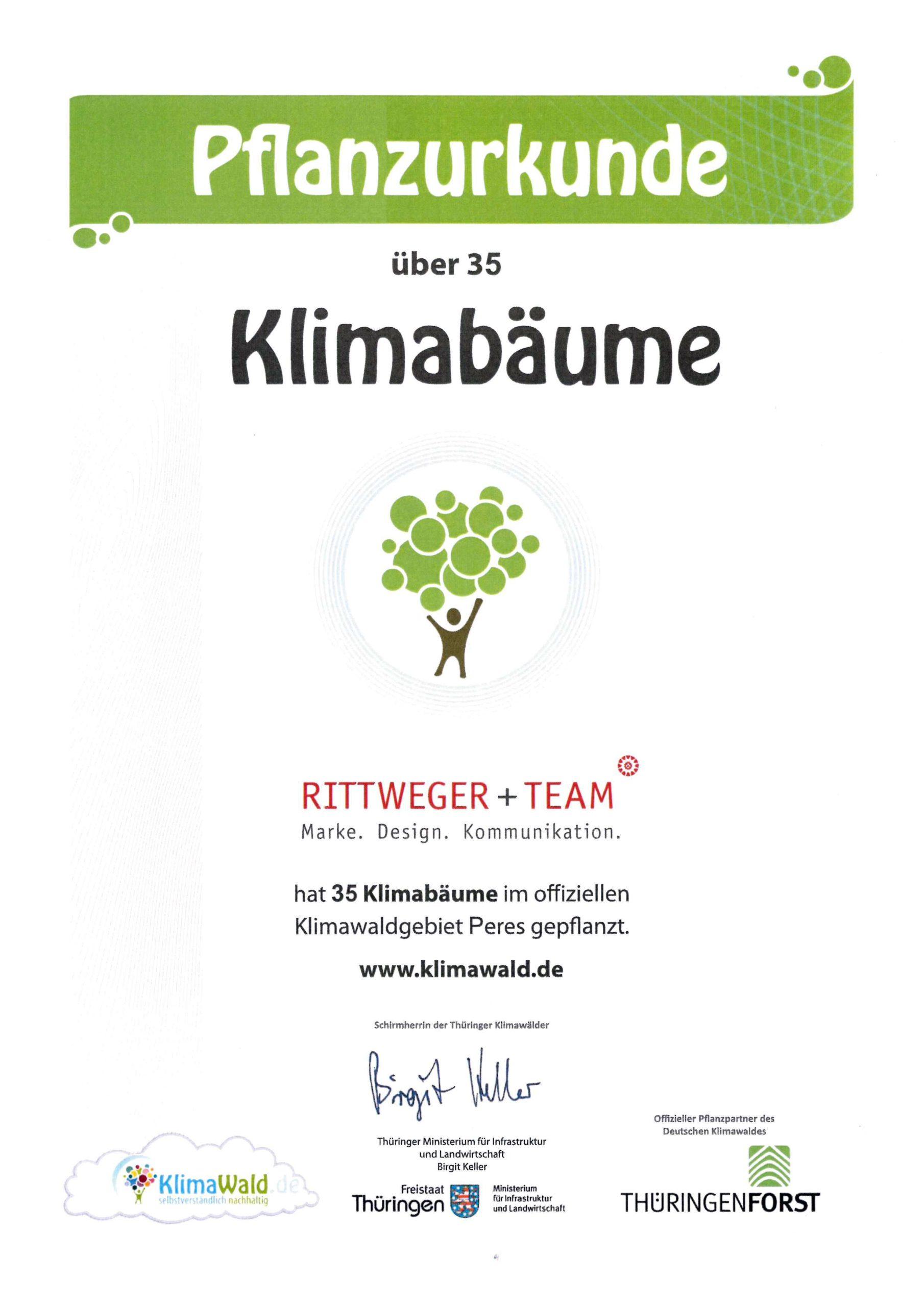 Klimaurkunde – RITTWEGER + TEAM Werbeagentur GmbH hat 35 Klimabäume im offiziellen Klimawaldgebiet Wollersleben gepflanzt.